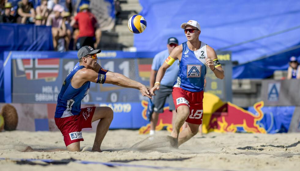 SUPERDUO: Christian Sørum og Anders Mol er sandvolleyballens store stjerner. Foto: NTB scanpix