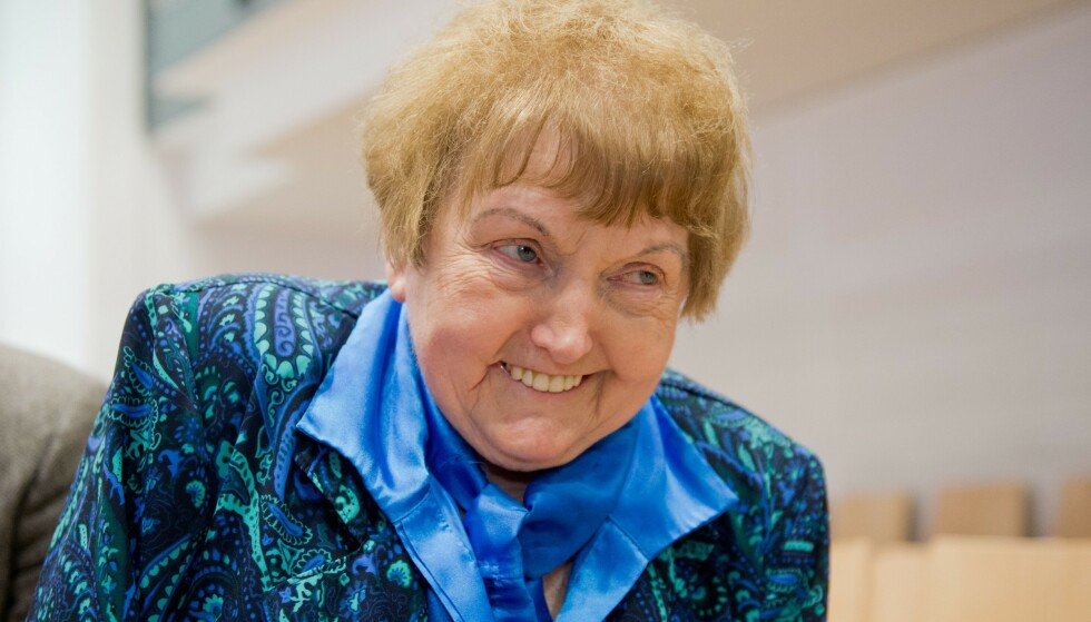 DØD: Eva Kor har siden holocaust brukt flere tiår på foredrag, dokumentarer og biografier om det hun opplevde under krigen, og veien til tilgivelse. Foto: AFP/NTB/Scanpix