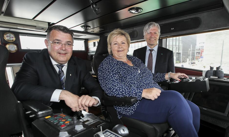 DRO UT BRODDEN: Hvorfor velger statsministeren Erna Solberg å uttale seg på en måte som drar brodden ut av regjeringens egne klimamål? spør artikkelforfatteren. Foto: Vidar Ruud / NTB scanpix