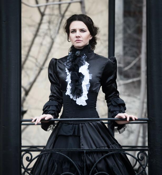 KORSETT: Under Victoria-tida var stramme korsetter vanlig. Her illustreres en kjole fra denne tidsperioden. Foto: Shutterstock