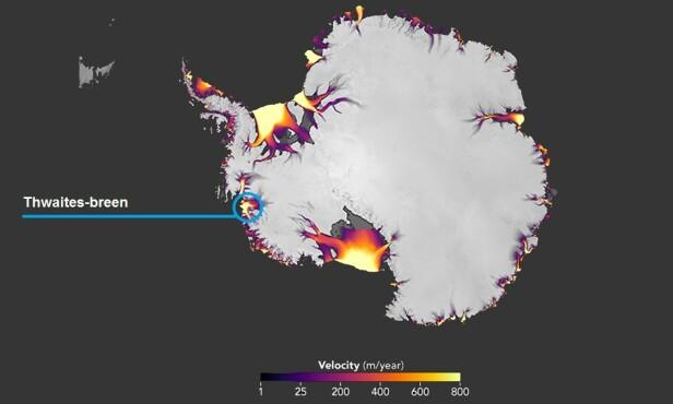 VEST: Her ligger isbreen som holder isen i Vest-Antarktis på plass. Foto: NASA Earth Observatory