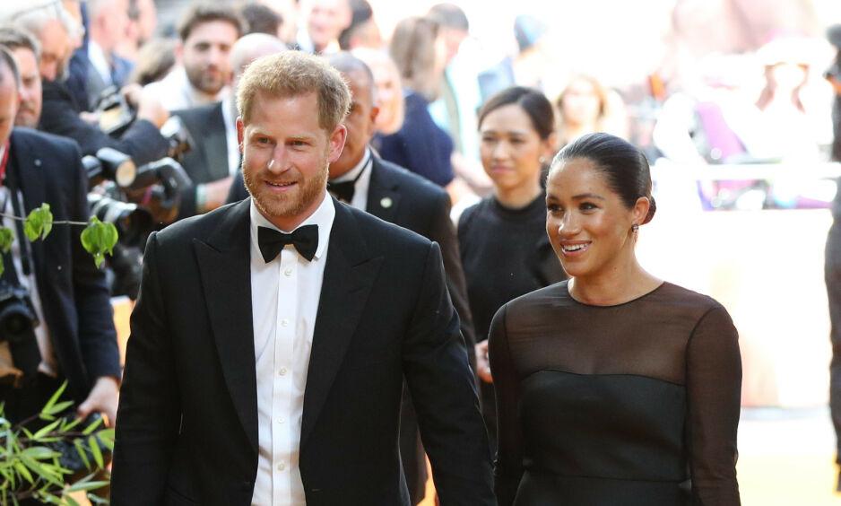 BARNEFRI: Det nybakte foreldreparet hadde tatt turen til Europa-premieren av «Løvenes konge» i London søndag kveld. Foto: Pa Photos/ NTB Scanpix