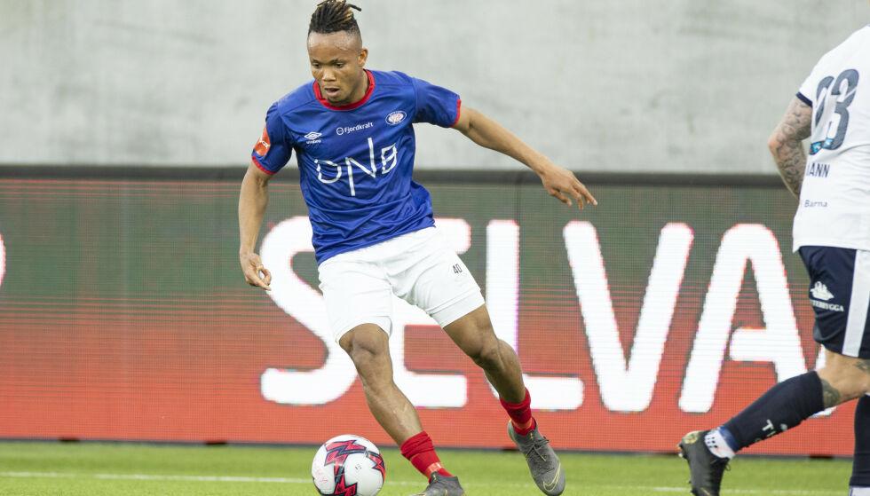 TIL NEDERLAND: Vålerenga-spiller Chidera Ejuke (21) er klar for Heerenveen. Foto: Audun Braastad / NTB scanpix