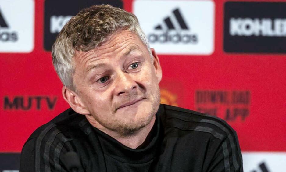 STYRER SELV: Ole Gunnar Solskjær sier at han får råd av Alex Ferguson, men ikke så mye som noen medier vil ha det til. Foto: Tony Ashby / AFP / NTB Scanpix