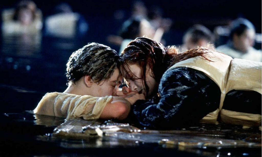 OMDISKUTERT: «Titanic» knuste hjerter verden over med sin berømte sluttscene. Foto: NTB Scanpix