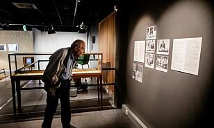 TILBAKEBLIKK: På teknisk museum henger det masse bilder av Tandberg på veggene i rommet, der sendingen i 1969 er gjenskapt. Foto: Frank Karlsen / Dagbladet