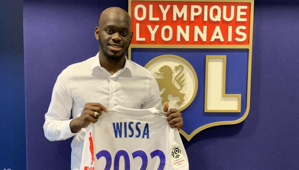 LYON-KLAR: Eli Wissa (16) er klar for Lyon. Foto: Olympique Lyonnais
