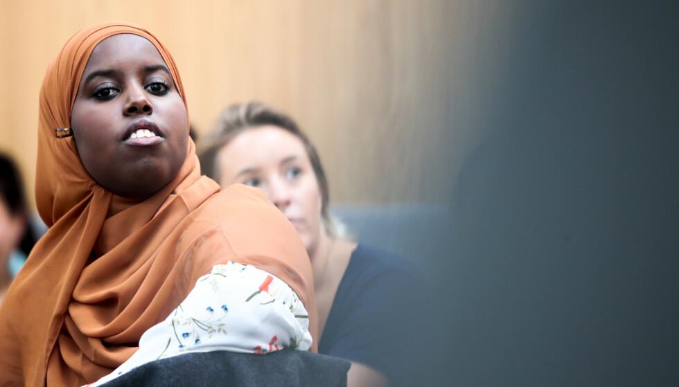 HETS: Forfatter og samfunnsdebattant Sumaya Jirde Ali ble kalt «korrupt kakkerlakk» av en kvinne. Nå havner saken i Høyestrerett. Foto: Lise Åserud / NTB Scanpix