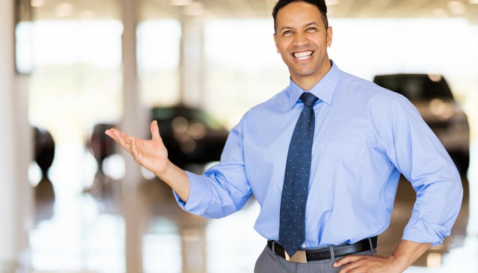 DET GLATTE LAG: Å styre unna folk som vil selge deg alt mulig, kan være en utfordring. Artikkelforfatteren har funnet en løsning på problemet. Foto: NTB Scanpix