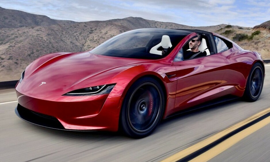 FOR FOLK FLEST: Alle de nye elbilene er på plass i god tid før 2021, når myndighetene etter planen begynner å justere avgiftene på elbiler. Det betyr rimelige biler for folk flest. Foto: Tesla