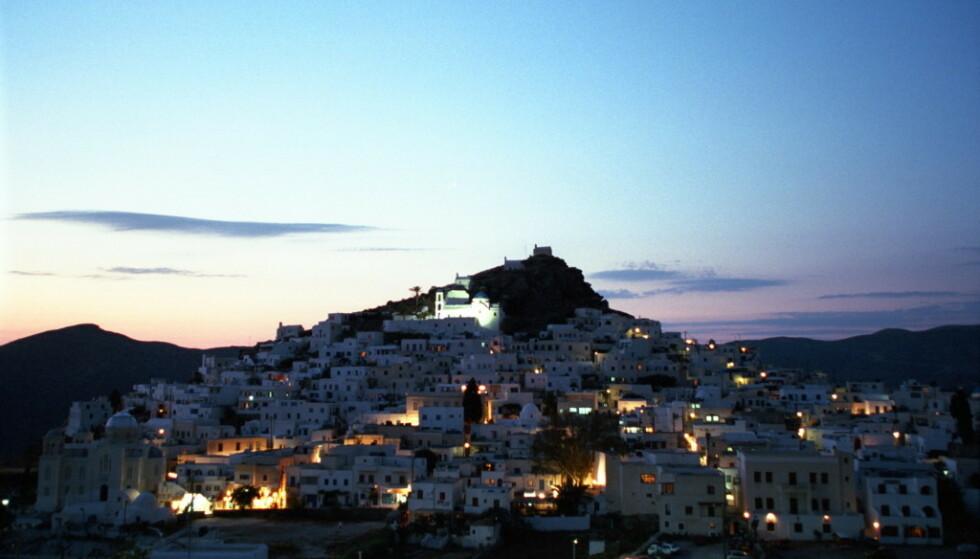 <strong>VOLDSHENDELSE PÅ IOS:</strong> Den fornærmede skal ha blitt stukket i halsen med en knust glassflaske på den greske øya Ios. Foto: Geir Bølstad