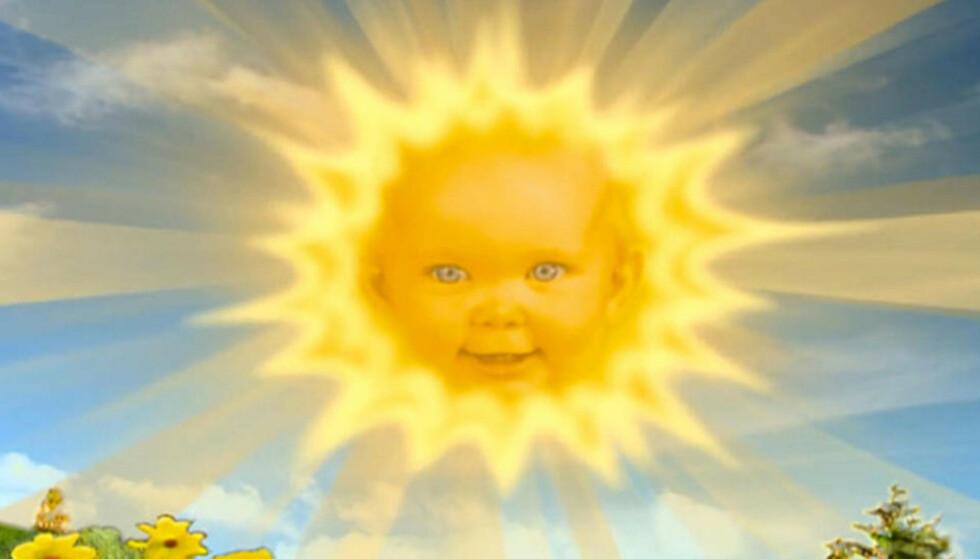 RYKTEFLOM: Jenta som var «Teletubbies»-sola lever et liv totalt utenfor rampelyset. Nye bilder av henne har imidlertid sørget for massiv oppmerksomhet. Foto: BBC