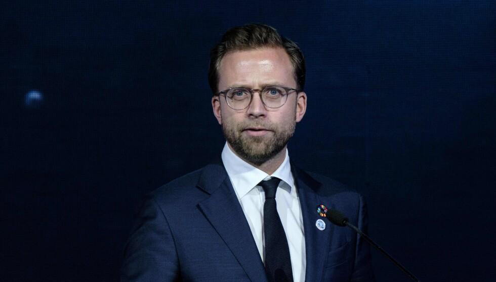 UENIG: Nikolai Astrup (H) støtter ikke brorens uttalelser om kvinner i næringslivet. Her under en konferanse da han var utviklingsminister i 2018. Foto: Yasuyoshi Chiba / AFP / NTB Scanpix