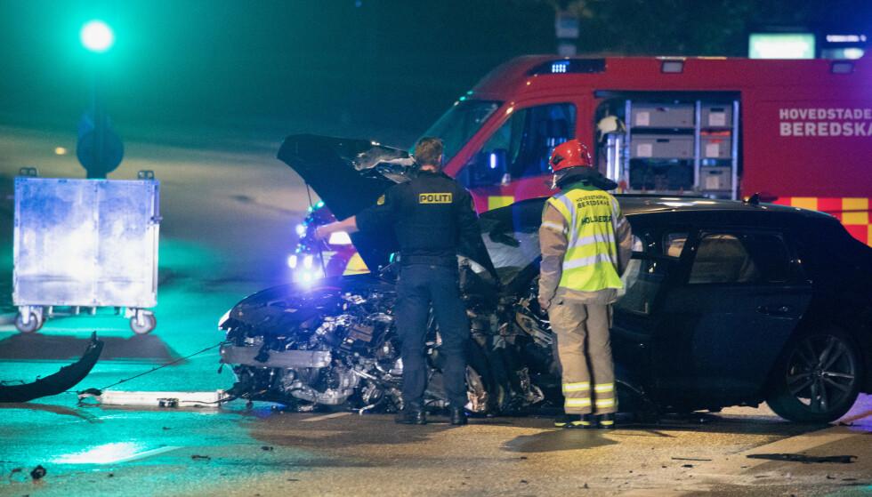 DØDSULYKKE: En 35 år gammel politibetjent omkom natt til tirsdag da seks biler var involvert i et sammenstøt i København. Foto: Ritzau / NTB Scanpix