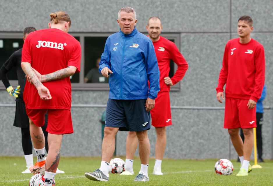 NY HVERDAG: Kåre Ingebrigtsen forsøker å innføre ideene sine i den belgiske klubben KV Oostende. Ett år har gått siden den bitre avskjeden med Rosenborg. Foto: NTB Scanpix