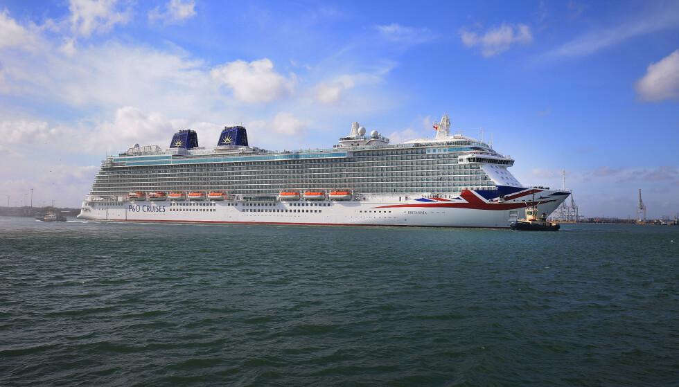 SLAGSMÅL: Cruiseskipet «Britannia» hadde vært på Norge-cruise i ei uke før det vendte hjem til England. Under overfarten oppsto det et masseslagsmål om bord, ifølge BBC. Her fra 2015. Foto: NTB Scanpix