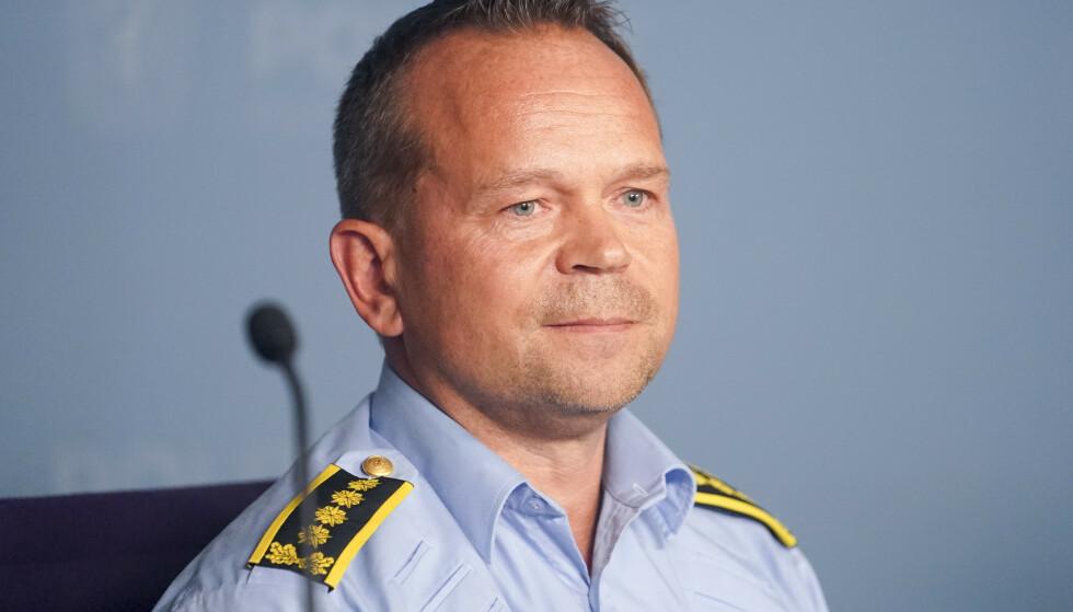 TILTAK: Jan Eirik Thomassen ved Oslo Politidistrikt forteller om hvilke tiltak politiet har satt i gang. Foto: Fredrik Hagen / NTB scanpix