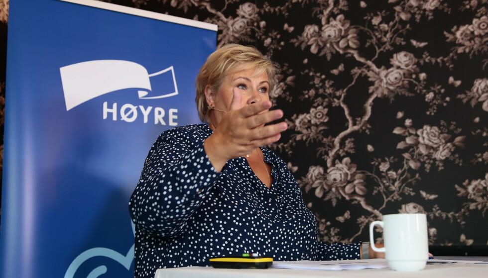 OMSTRIDT: - HRS får støtte for at også andre stemmer, utenfor det politisk korrekte, skal ha en mulighet til å komme fram i debatten, sier statsminister Erna Solberg (H). Foto: Håkon Mosvold Larsen / NTB scanpix