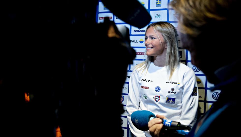 POPULÆR: Frida Karlsson ble en yndling over natta da hun tok langrennssporten med storm forrige vinter. Foto: Bjørn Langsem / Dagbladet