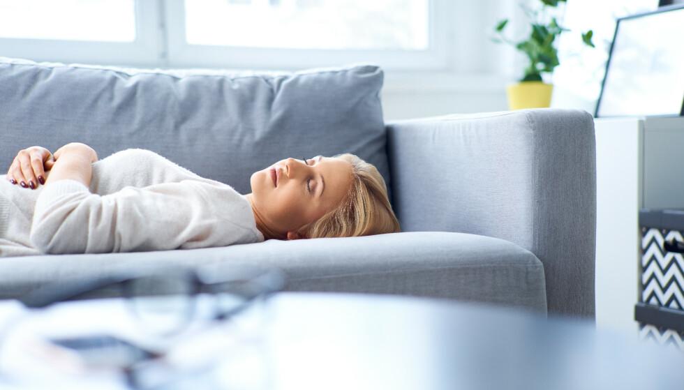 Søvnighet på dagtid: Om man har et stort søvnbehov på dagtid, kan det være et tidlig tegn på Alzheimers sykdom, ifølge ny forskning. Foto: NTB Scanpix