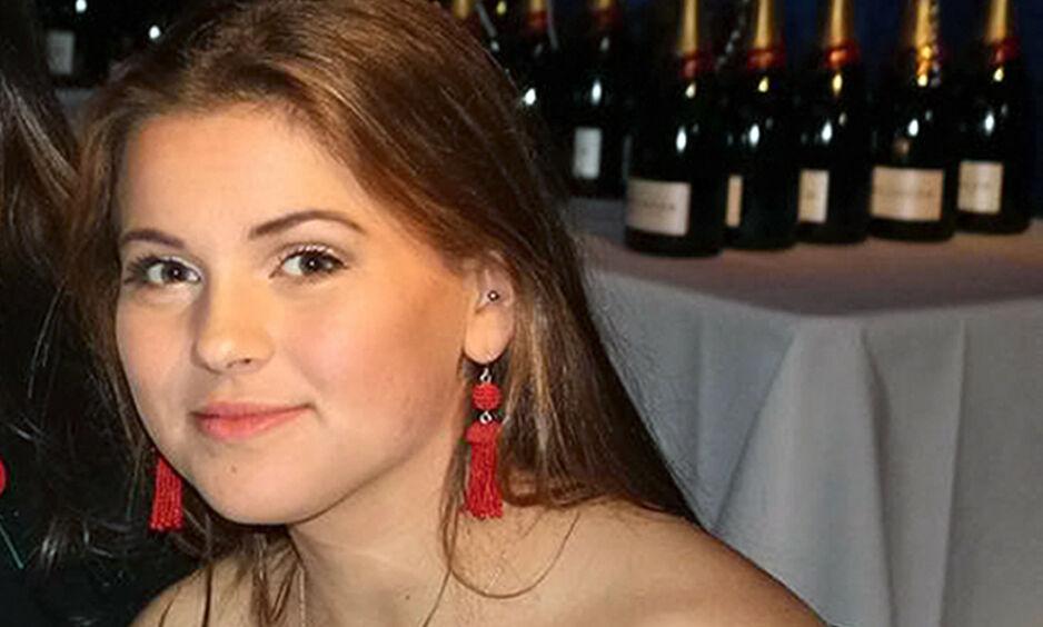 OMKOM: Josie Clacher (18) ble funnet i et basseng på Mallorca. 18-åringen ble erklært død på stedet. Foto: NTB Scanpix