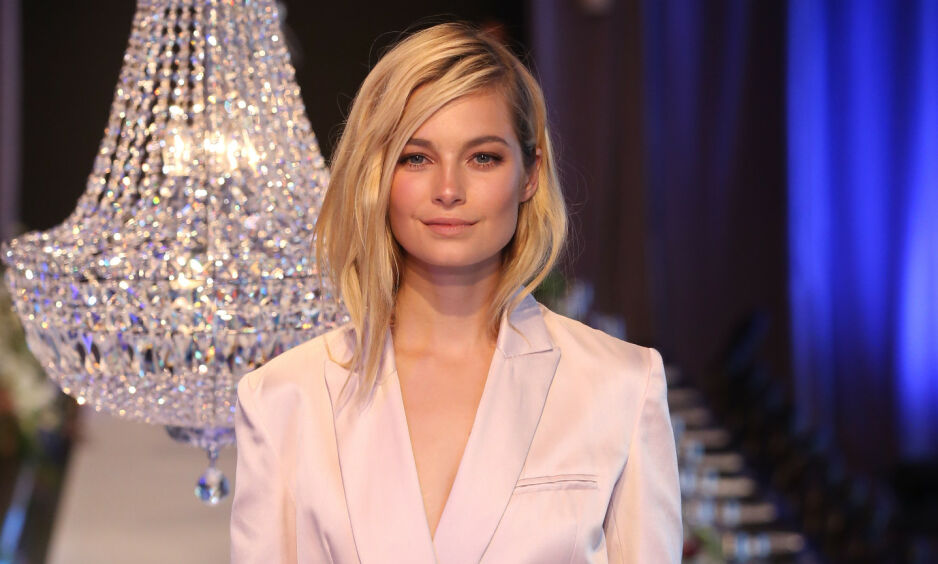 EN FASADE: Den australske modellen Bridget Malcolm har gjort en rekke prestisjefulle oppdrag i løpet av sine 14 år i modellbransjen. Nå forteller hun om medaljens bakside. Foto: NTB Scanpix