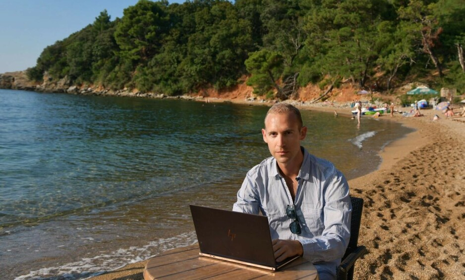 Ferie og jobb: - En helt vanlig arbeidsdag, sier Sigbjørn Hovda. Foto: Privat