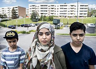 IKKE DØM OSS: Jasem Murtaza (12), Zharaa Abdul Salih og Ahmad Salih (13) oppfordrer folk til å huske på at muslimer er like forskjellige som folk flest.
