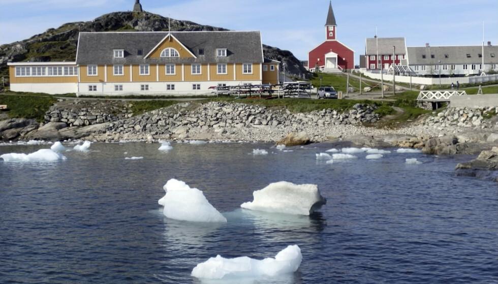 <strong>KLART NEI:</strong> Grønland er ikke interessert i å bli kjøpt opp av USAs president Donald Trump. Her kysten ved hovedstaden Nuuk. Foto: Keith Virgo / AP / NTB scanpix