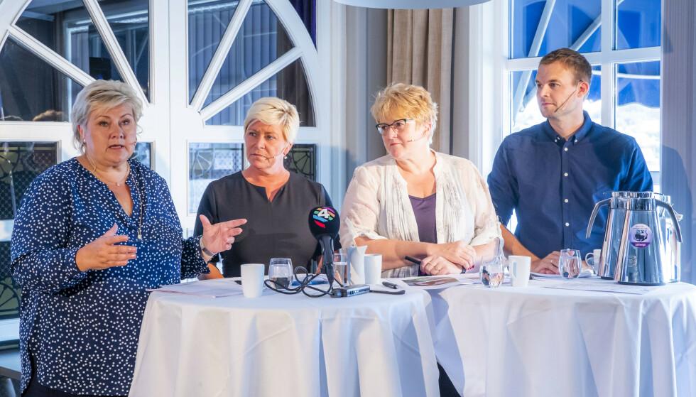 FERDIGE? KrF-leder Kjell Ingolf Ropstad sier det fortsatt er samtaler om bompenger og Venstre sier de ikke er enige, mens Frp-leder Siv Jensen sier at forhandlingene er ferdige. Erna Solberg er enig i skissen, hvis de andre er enige. Foto: Håkon Mosvold Larsen / NTB scanpix