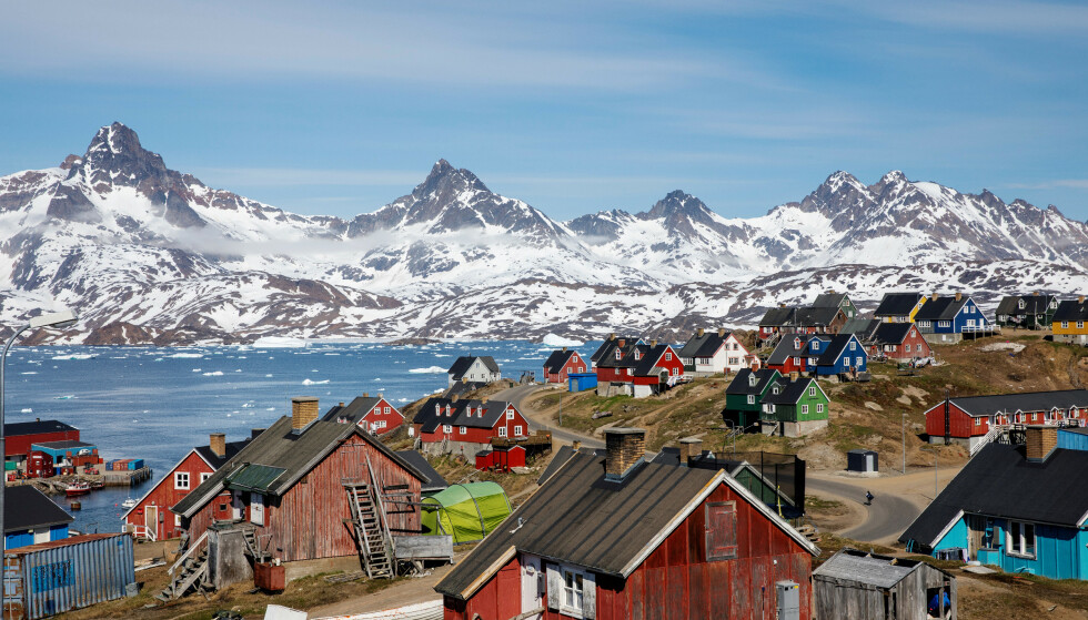 <strong>GRØNLANDSK:</strong> Tasiilaq på Grønland i juni 2018. Foto: Lucas Jackson / Reuters / NTB Scanpix