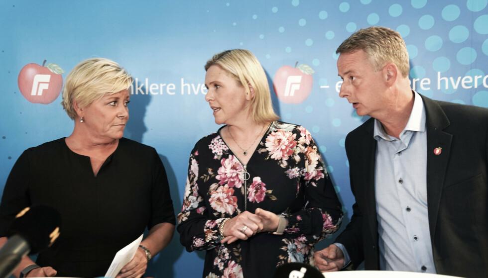 FERDIGFORHANDLET: Frp-leder Siv Jensen sammen med nestlederne Sylvi Listhaug og Terje Søviknæs sa etter landsstyremøtet i går at de har tatt stilling til et ferdigforhandlet kompromiss, og at de ikke har noe mer å gi til Venstre. Det er det full enighet om i Frps landsstyre. Foto: Heiko Junge/NTB