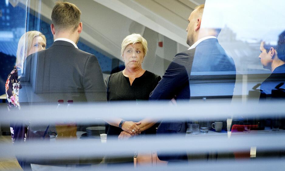 LETER ETTER VEIEN: Frp hadde i helgen ekstraordinært landsstyremøte for å diskutere bompengesaken. Foto: Henning Lillegård