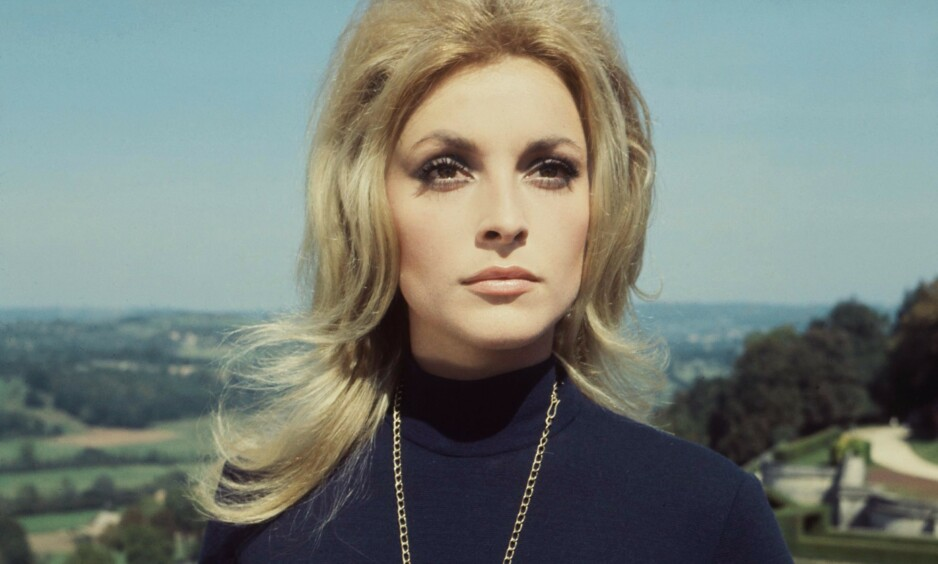DREPT: Sharon Tate var et av Hollywoods største stjerneskudd da hun for 50 år siden ble brutalt myrdet i sitt eget hjem. Nå forteller lillesøstera Debra Tate om kampen om å holde minnet hennes i live. Foto: NTB Scanpix