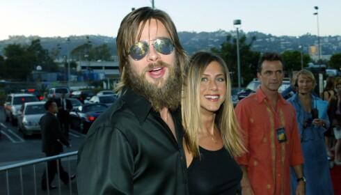 DEN GANG DA: Brad Pitt i 2002, med sin daværende kjæreste Jennifer Aniston. Foto: NTB Scanpix