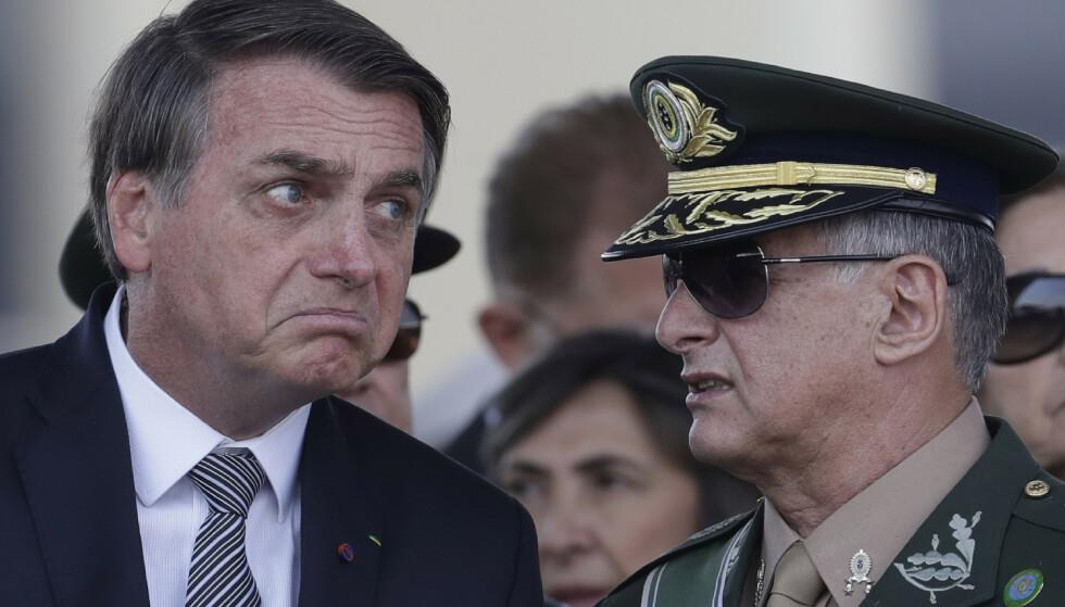 NEI TAKK: Brasils president Jair Bolsonaro har sagt nei til hjelp til å slukke Amazonas-brannene. Foto: AP Photo/Eraldo Peres