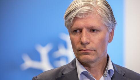 IKKE MITT BORD: Ola Elvestuen (V) mener plastspørsmålet ikke er hans bord og peker på Finansdepartementet. Foto: Berg-Rusten, Ole / NTB scanpix