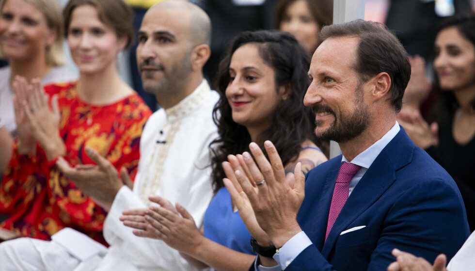 GODT MOTTATT: Kronprins Haakon besøkte Salam i Oslo som er Norges første og eneste lhbt-organisasjon for personer med muslimsk bakgrunn. Foto: Tore Meek / NTB scanpix