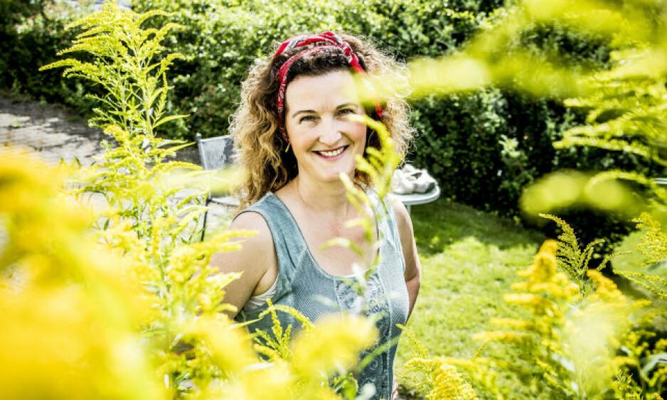 KJÆRLIGHETEN BLOMSTRER: Fembarnsmora Kari-Lise Vangen som deltok i «Farmen» i 2016, har forlovet seg. Foto: Rasmus Skaug / Dagbladet