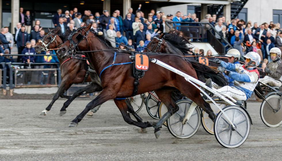 SPÅR DRAMATISK NEDGANG: Om Lotteritilsynet innfører et totaltak for tap på hestespill spår lederne i norsk hestesport svært tøffe tider. Foto: NTB Scanpix