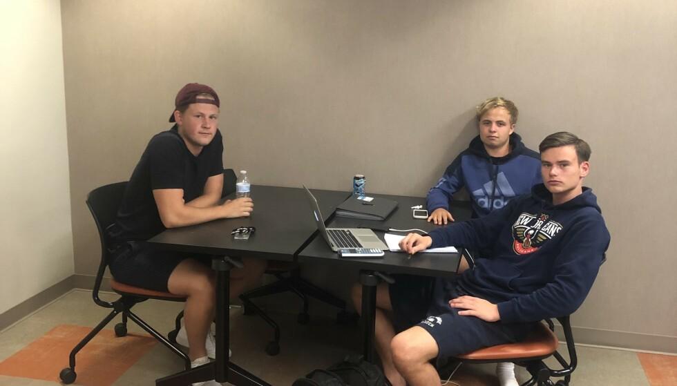 PREGET: Sander Johannessen, Kasper Olsen og Kristian Hovind går på skole i Texas. De ble låst inne mens skytingen pågikk. Foto: Privat