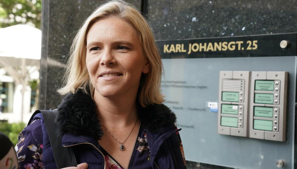 UREALISTISK: Sylvi Listhaug tror det er et urealistisk mål at det ikke skal selges biler med klimaskadelige utslipp i 2025. Foto: Heiko Junge / NTB scanpix