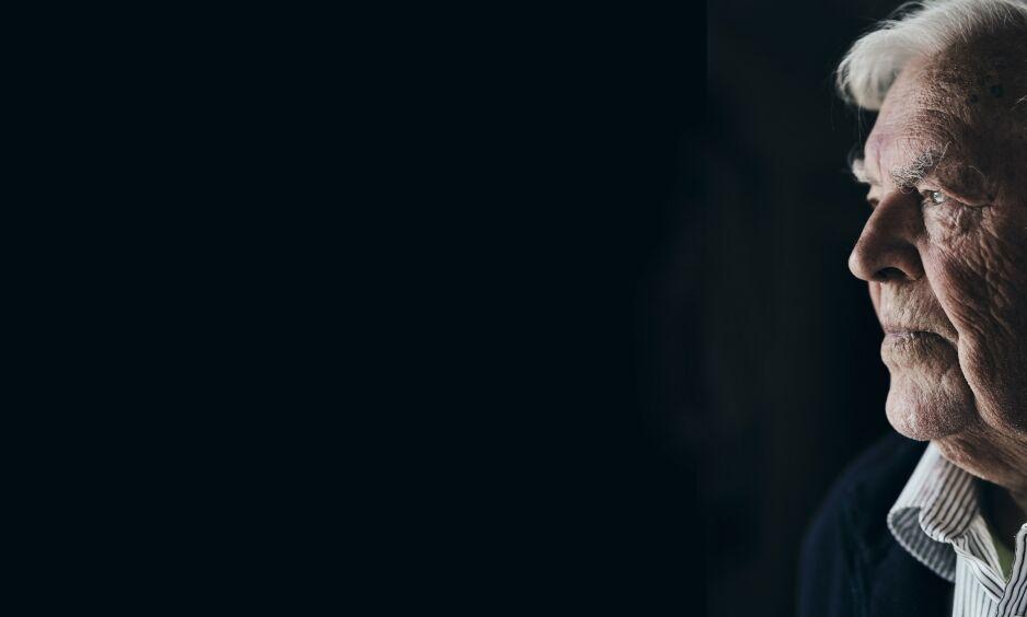Langer ut mot rådgivere: Thorbjørn Berntsen (84) har liten tro på «veskebærerne»: –Det er mange av disse såkalte rådgiverne som nesten ikke har vært borte fra skolesystemet, dem har vært der fra barnehagen. De har knapt nok medlemskap i partiet engang!