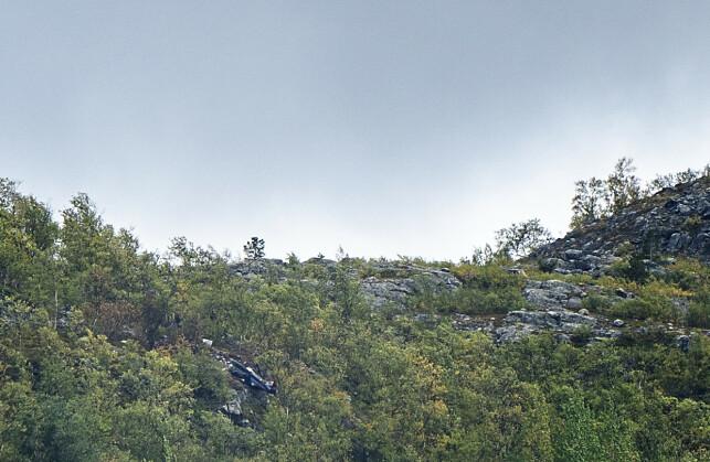 HER STYRTET HELIKOPTERET: Bildet viser området hvor helikopteret havarerte lørdag ettermiddag. Foto: Hans Arne Vedlog / Dagbladet