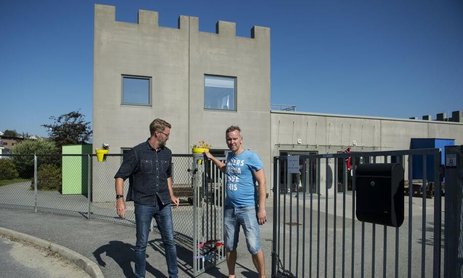 FARVEL: Den 15. juni i fjor så Per-Einar Sæbbe (t.v.) og Kjell Rise seg nødt til å takke for seg som eiere av Bratteborg (bildet) og Vatnekrossen barnehager i Sandnes kommune. Foto: Carina Johansen