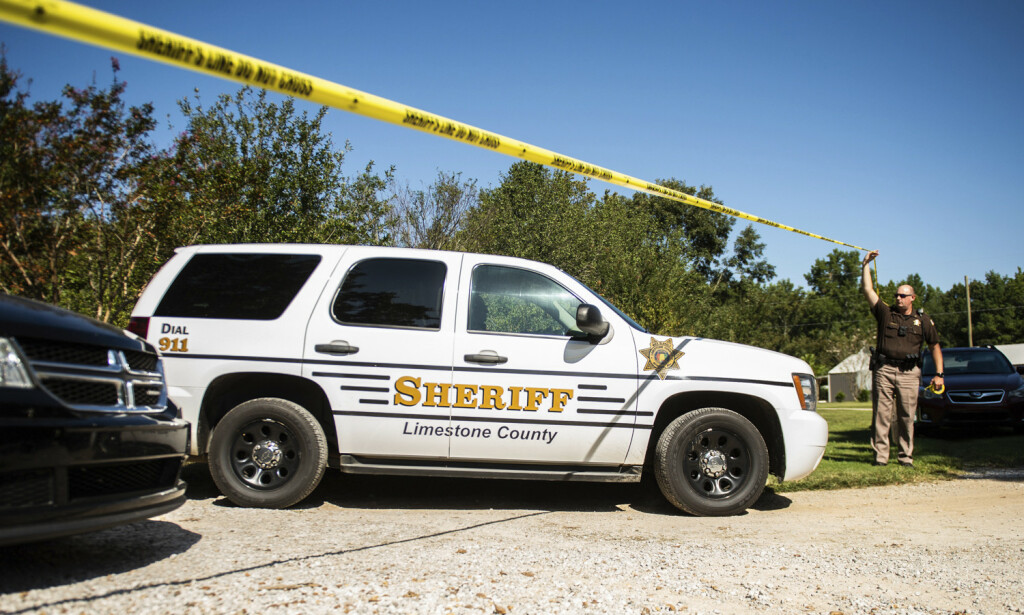 SIKTET: En 14 år gammel gutt er siktet for å ha skutt og drept fem familiemedlemmer i delstaten Alabama mandag kveld. Foto: Dan Busey / AP / NTB Scanpix