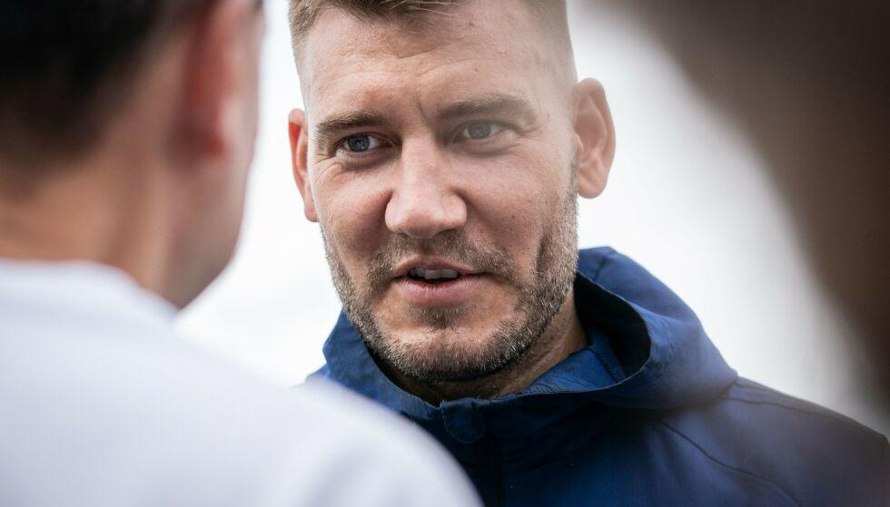 KASINO: Som 22-åring var Nicklas Bendtners liv fylt med drikke, penger og damer, forteller han. I tillegg skal han ha tapt millioner på kasino. Foto: NTB Scanpix