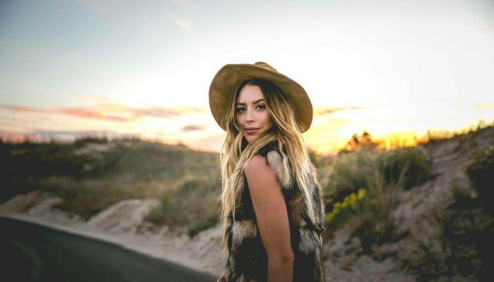 OMKOM: Artisten Kylie Rae Harris omkom i en trafikkulykke i New Mexico tidligere denne måneden. Foto: Kylie Rae Harris / Facebook