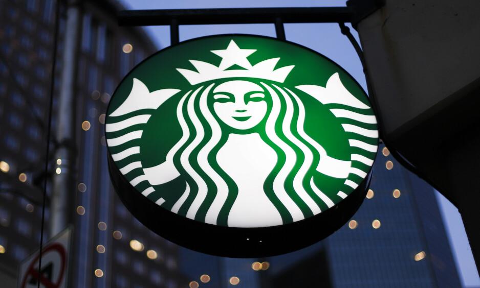 STARBUCKS: Kaffekjeden blir beskyldt for rasisme etter hendelse i Philadelphia, USA. ILLUSTRASJONSFOTO: Gene J. Puskar / AP Photo / NTB Scanpix