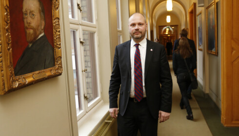 UTE AV PARTIET: Tidligere stortingsrepresentant Kristian Norheim har meldt seg ut av Frp. Foto: Lise Åserud / NTB scanpix